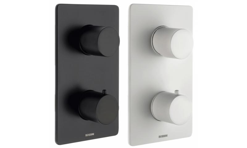 Juodas arba baltas potinkinis dušo komplektas Bossini Cosmo Termo 280 su termostatiniu maišytuvu