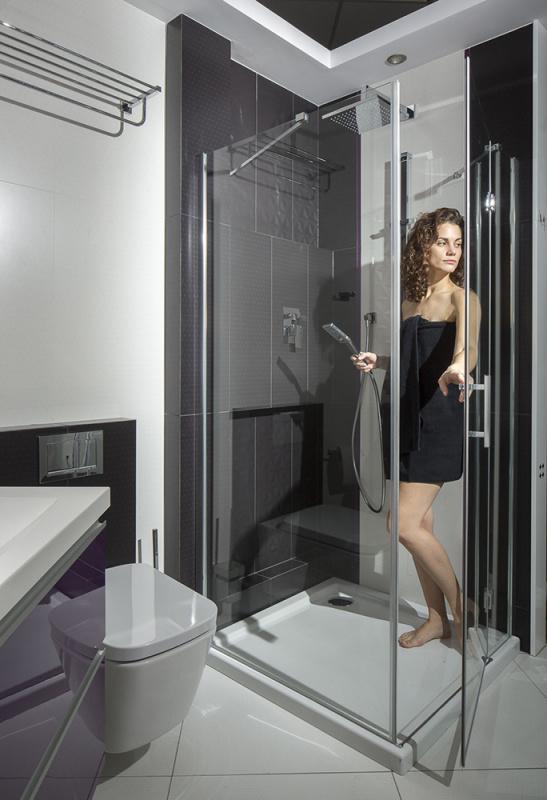 Kvadratinė dušo kabina OMNIRES MANHATTAN 100